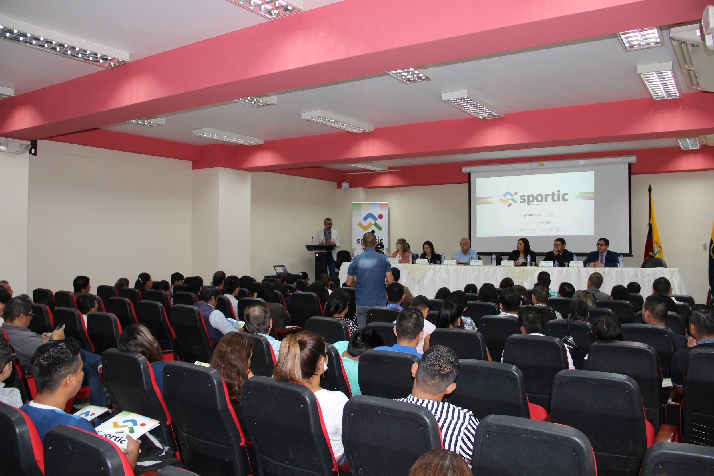 Programa SporTIC, busca incrementar la empleabilidad y disminuir las brechas de género en adolescentes de Manabí