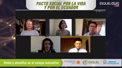 Foro plantea los desafíos en la educación: reformas integrales y continuidad a políticas públicas